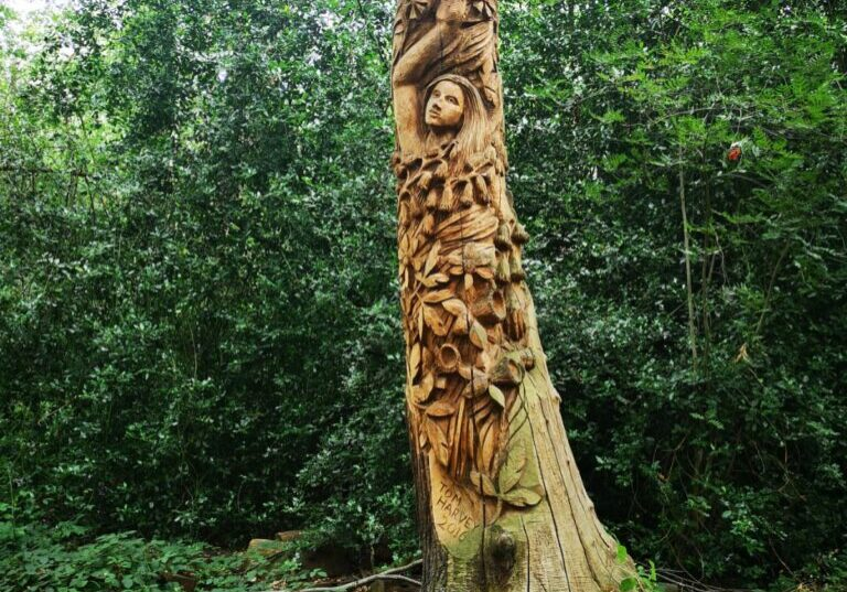 'Lady in the Woods' sculpture
